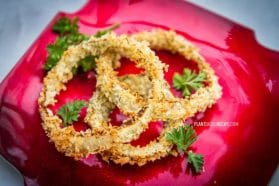 Crunchy plant-based oil free onion rings