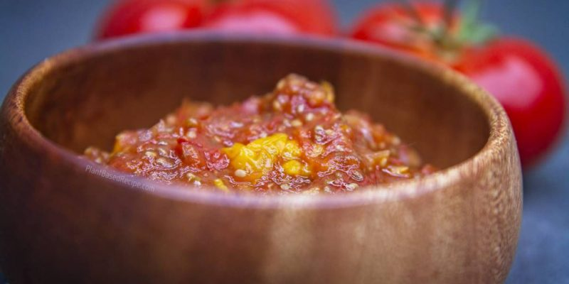 Tomato jam with goldenberries and chia seeds